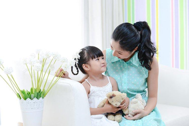 Chuyên gia nói gì về cách chọn bàn học ở nhà cho con