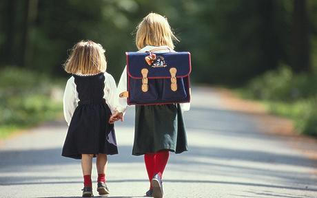 90% Cha mẹ hỏi câu hỏi này khi trẻ tan trường